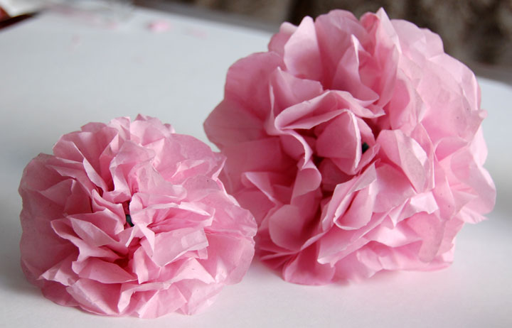 Create Quick And Easy Tissue Paper Flowers In Minutes Tutorial
